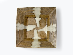 Square dish with dripping design